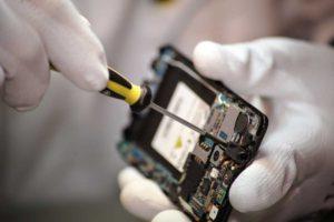Apple — новая программа ремонта iPhone