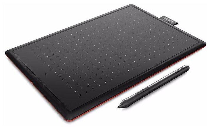 Графический планшет Wacom One Medium